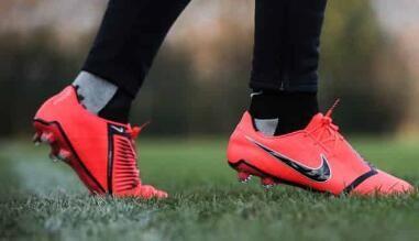Botas Nike Phantom